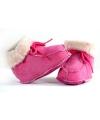 Zachte roze Spaanse babysloffen